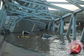Tiga Terdakwa Jembatan Ambruk Divonis Satu Tahun