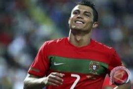 Ronaldo-Gomez berpeluang pencetak gol terbanyak euro 2012