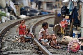 Penduduk miskin Indonesia mencapai 28,59 juta orang