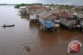 Bappeda : Angka Kemiskinan Kalbar Turun 8,17 Persen