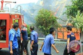 Belasan ruko 10 Ulu Palembang hangus terbakar