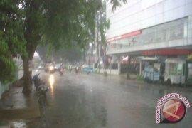 Hujan mulai mengguyur Kota Pontianak