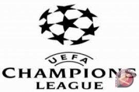 Ibrahimovic Bawa PSG ke Ambang Perempat Final