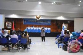 Perpustakaan Nasional berikan penyuluhan preservasi bahan pustaka di Bangka Belitung