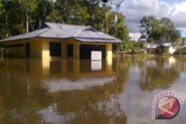 Ribuan rumah di Sintang kena banjir