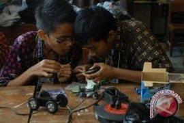 Mahasiswa Sumsel pemuncak Kontes Robot Regional Sumatera