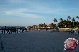Abrasi pantai Bangka Belitung satu meter per tahun
