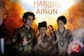 Film Kisah Cinta Habibie-Ainun akan Dibuat Lima Seri