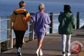 Olah Raga Jalan Kaki Turunkan Risiko Stroke pada Perempuan