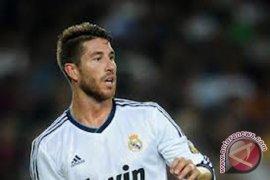 Ramos alami cedera bahu