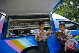 Badan Perpustakaan Intensifkan Mobil Perpustakaan Keliling