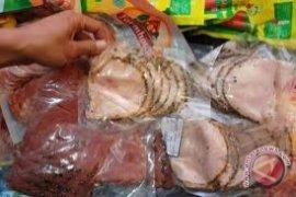 Disperindag Bangka Selatan sidak makanan kedaluwarsa
