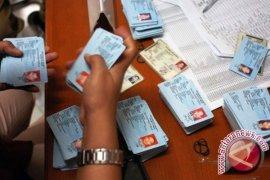 118.195 warga Bangka Tengah sudah kantongi KTP