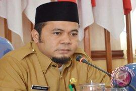 Wali kota isyaratkan pengurangan pegawai honorer