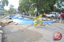 Dua Kelurahan di Kukar Terisolir Akibat Jalan Ambles