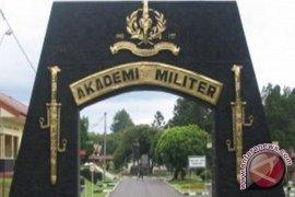 Pertama Kali Tahun ini TNI AD Rekrut Taruni Akmil