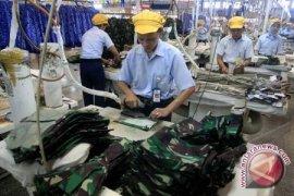 Dinsosnaker: Ratusan Pekerja Jadi Korban PHK