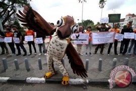 PROTES EKSPLOITASI SATWA
