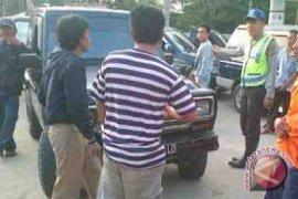 Polsek Simpang Teritip Razia Pengerit BBM