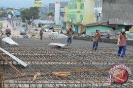 10 Batang Besi Penyangga Jembatan Rebo Hilang