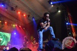 Jamrud di Musik Kampus 2013