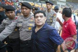 Kunjungan Diego Maradona