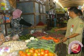 Jelang Ramadhan Harga Kebutuhan Pokok Meroket