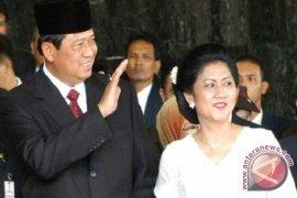 Presiden dan Ibu Negara sapa warga Bukittinggi