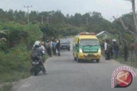 2 Anggota TNI Tewas Dalam Kecelakaan Tunggal di Mandor