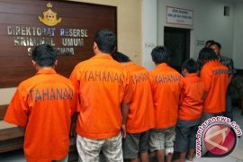 Mabes Polri tangkap pelaku penipuan online