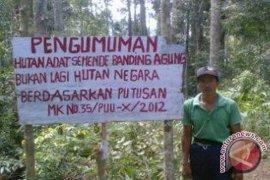 12 desa di Lebong terima legalitas hutan adat