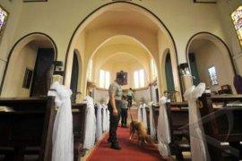 Polres Karawang sebar personel ke sejumlah gereja