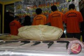 Tembak Mati Bandar Narkoba