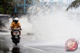 Tekanan rendah di Samudra Pasifik Utara Papua pengaruhi cuaca di Maluku