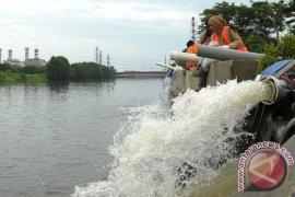 Saat musim hujan Jakarta Utara pastikan pompa air siap digunakan