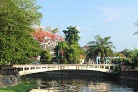 Satpol PP Singkawang Kembali Segel Bangunan Hotel