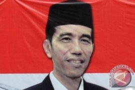 Warga Kalbar Curhat Harga Karet Ke Jokowi