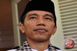 Presiden Jokowi Tarawih Perdana Di Istiqlal