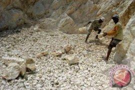 Kawasan Karst Di Karawang Selatan Terancam Punah