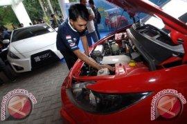 ITS Luncurkan Dua Mobil Listrik