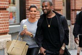 Pernikahan Kim Kadarshian dan Kanye West di Italia