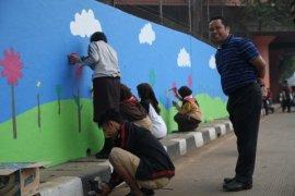 Tembok Flyover Tangerang Disiapkan Untuk Aksi Seni