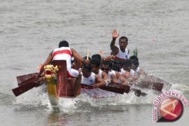 Lomba Perahu Naga Destinasi Wisata