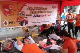 Alfamart Gelar Donor Darah Di Gianyar
