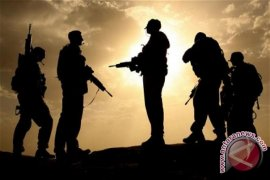 Pertikaian Purnawirawan Ancam Hak Pilih TNI