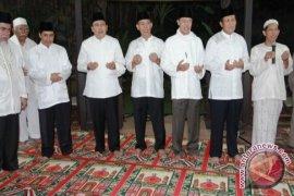 Ketua DPRD kaltim  Gelar Buka  Puasa Bersama