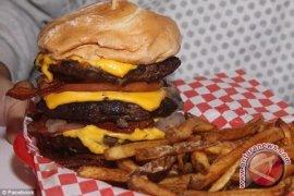 Makin Sering Makan Junk Food, Makin Anti-Makanan Sehat