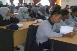 41 Sarjana Asal Aceh Mengajar Sekolah di Landak