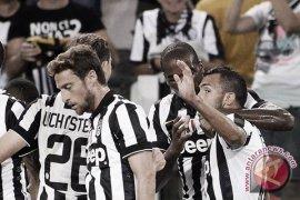 Juve menjamu Milan, Napoli tekan Roma