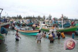 Polair Bangka Barat Evakuasi Kapal Nelayan Tenggelam